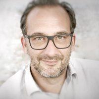Portrait Michael Weiß, Geschäftsführer PR-Agentur WEISS PR & MEDIA in Kufstien, Tirol, Österreich