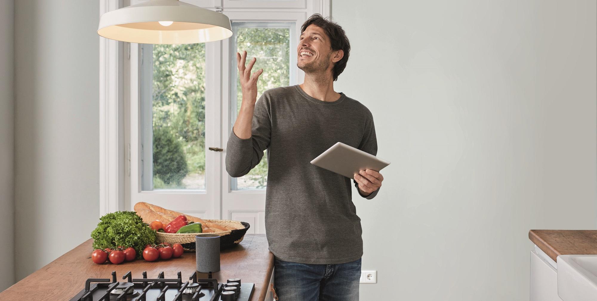 eNet SMART HOME Sprachsteuerung mit Amazon Alexa und Google-Assitant