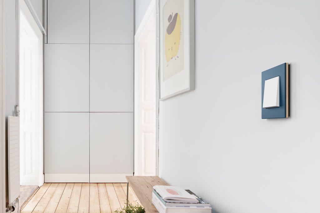 Gira Esprit Linoleum-Multiplex Lichtschalter von Gira